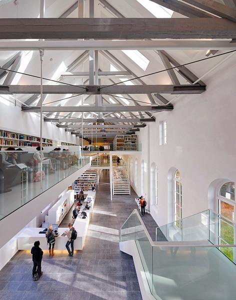Universiteitsbibliotheek Utrecht. Grosfeld van der Velde architecten.