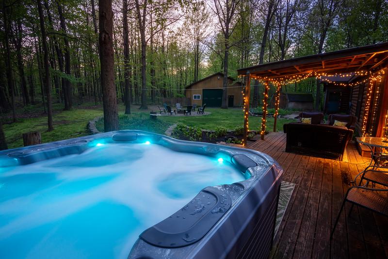 Backyard Hot Tub 3.jpg