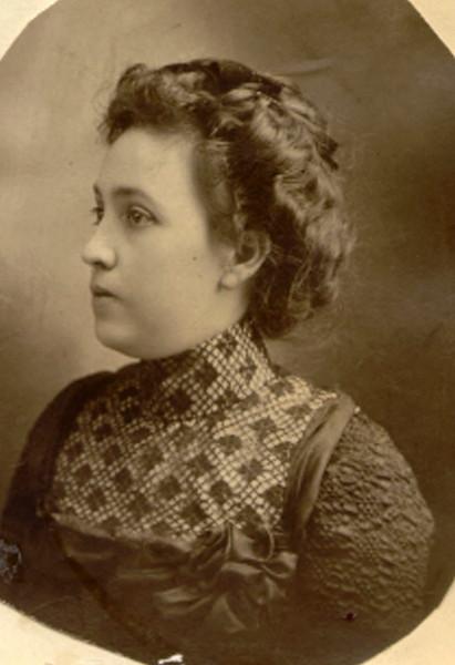 Mary Maude Eldredge 1900's