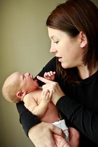 Delano Newborn Shoot 8 28 12 PRINT EDITS (10 of 147)