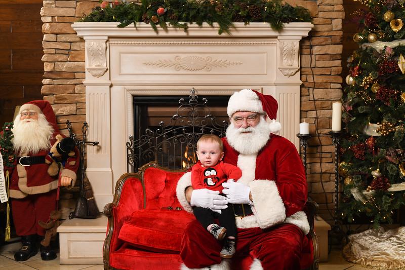 Santa2018.TylerBoye.-86.jpg
