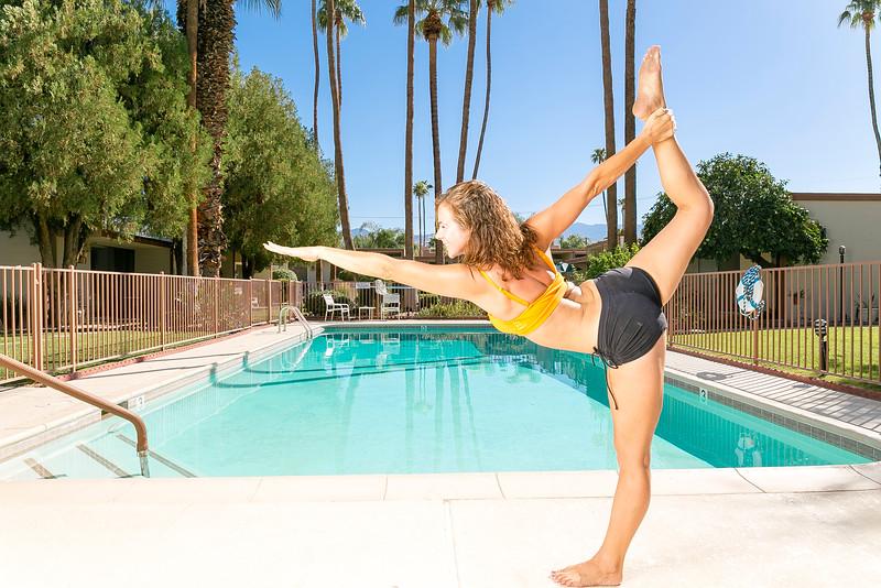 Tom_Dean_POOL_Yoga_063.jpg