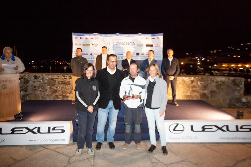 """CADIS Kinder MIABANCA """" . . As LEXUS O LEXUS Braga ALL www.grupobrega www.grupobreogan.com UX"""