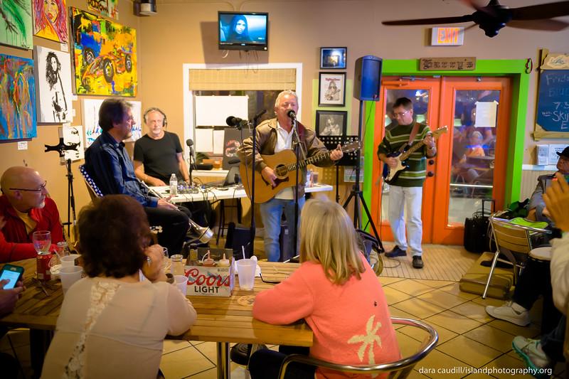 ami radio live at harry's_0018.jpg