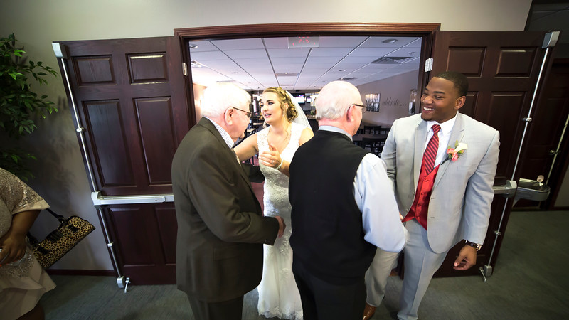 Laura & AJ Wedding (0884).jpg
