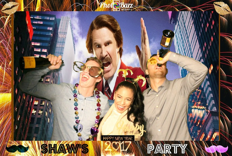 Shaws NYDay Party (90).jpg