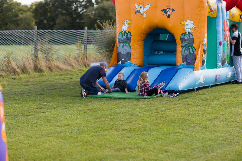 bensavellphotography_lloyds_clinical_homecare_family_fun_day_event_photography (2 of 405).jpg