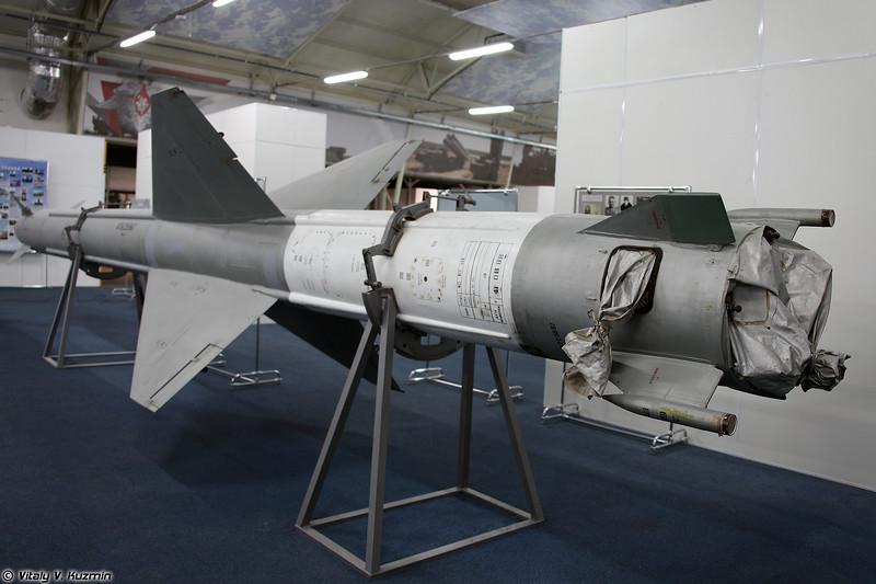 ЗУР В-300 ЗРК С-25 (V-300 SAM S-25 system)
