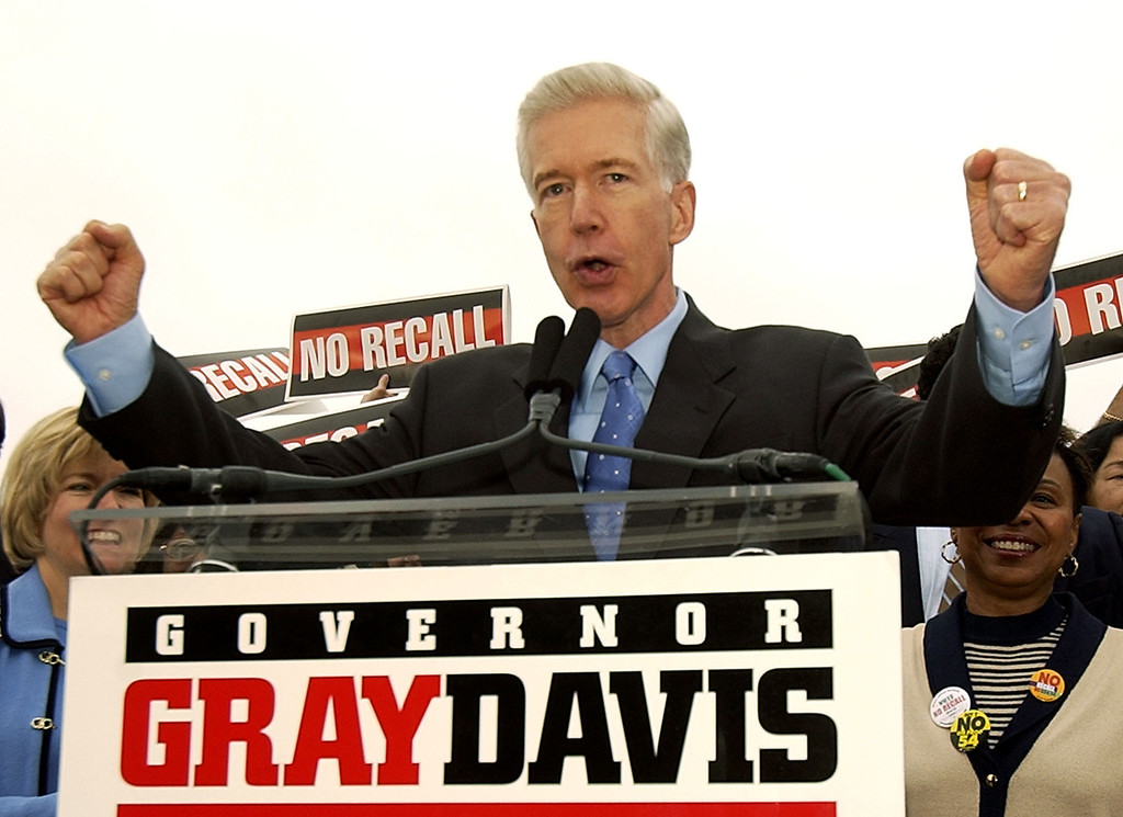 ". California Gov. Gray Davis urges union members to vote no on the recall at a labor rally at Teamster\'s Hall in Oakland, Calif., Saturday, Oct. 4, 2003, to kick off a three day ""Just Say No!\"" fly-around. (AP Photo/Kevork Djansezian)"