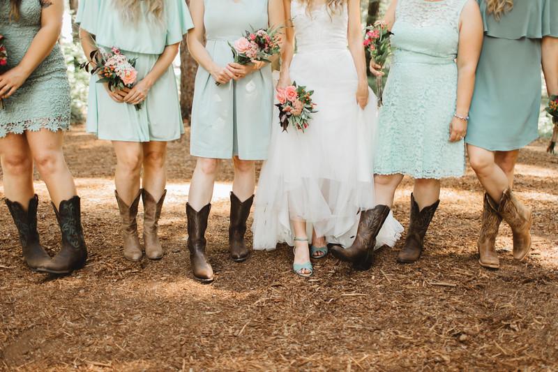 WeddingParty_149.jpg