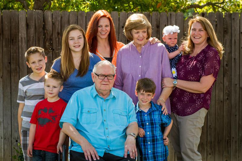 03-27 Hanson Family-102.jpg
