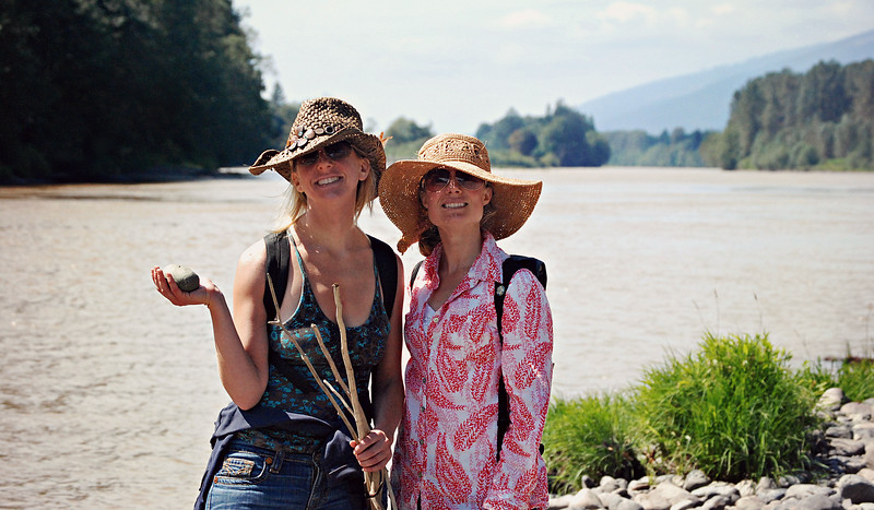 Alexandra and Mary on the banks of the Skagit River