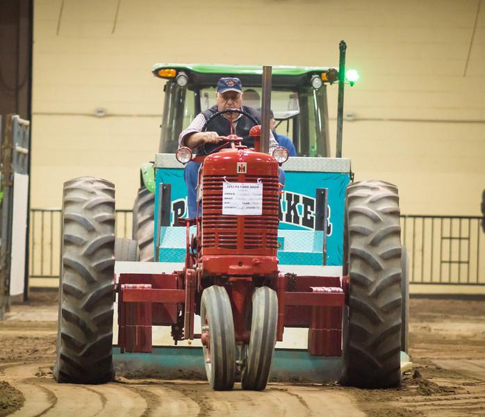 Tractor Pull-03525.jpg