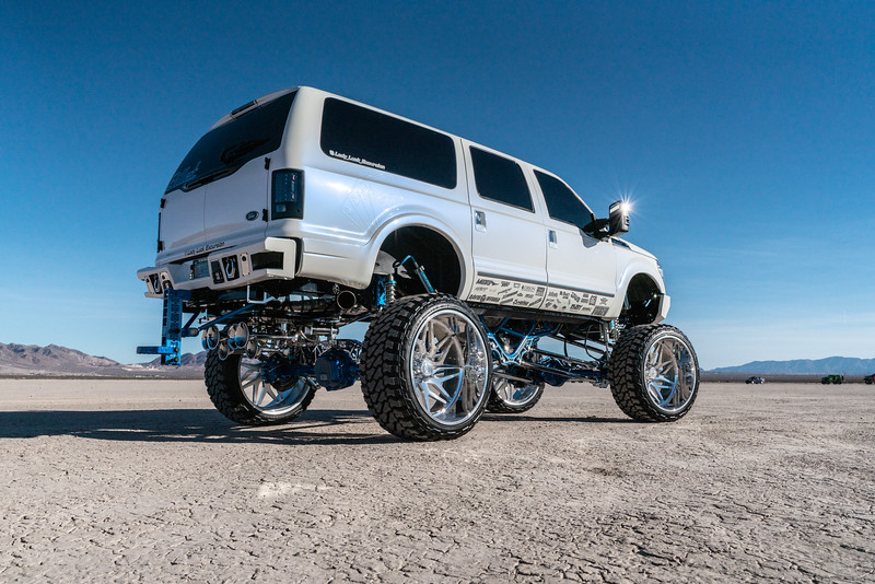 @lady_luck_excursion v.2 2016 @Ford Excursion Conversion 30x16 #GENESIS CONCAVE 42x16.5r30 @FuryOffroadTires-35.jpg