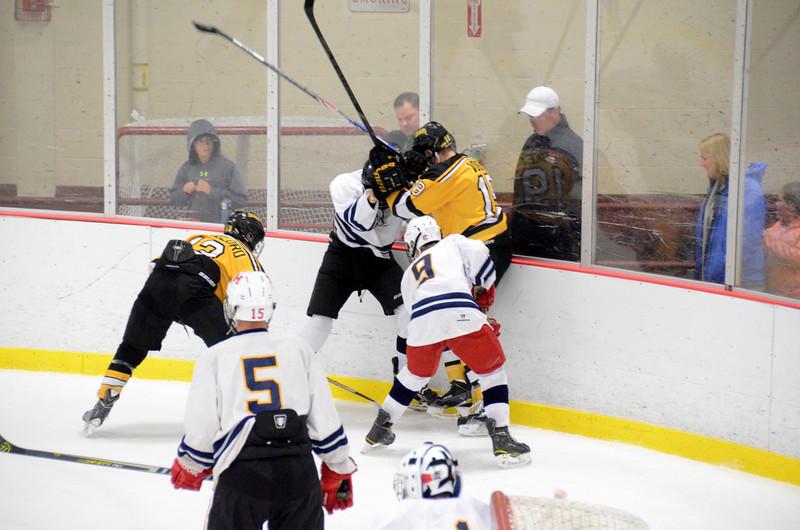 141004 Jr. Bruins vs. Boston Bulldogs-159.JPG