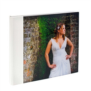 Acrylic Album Croc White  The cover is made from high quality acrylic which is ground and polished.  Your chosen image is mounted behind the acrylic panel. The spine & back has a 'crocodile' effect material.