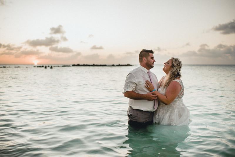 Requiem Images - Aruba Riu Palace Caribbean - Luxury Destination Wedding Photographer - Day after - Megan Aaron -16.jpg
