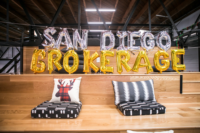 20191123_DannyDavis-SanDiegoBrokerage-HolidayParty_0011.jpg