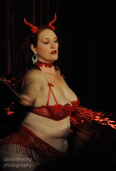 Burlesque (9 of 88).jpg