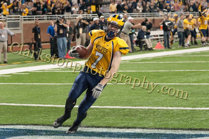 2014 Clarkston Varsity Football vs. Saline 389.jpg