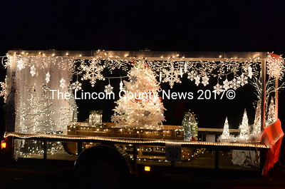 villages of light parade-11-25-17