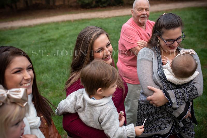 2019 November Ellis Family-165-187.jpg