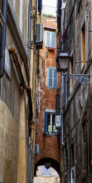 roman-alleyway-run-down-orange-yellow.jpg