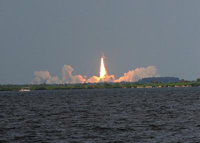* Space Shuttle Endeavour - STS 127 - Start und Landung