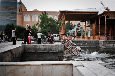 Day7 - Khiva Boys Diving