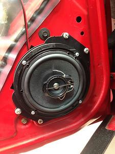 2000 Pontiac Grand Am 4 Door Front Door Speaker Installation - USA