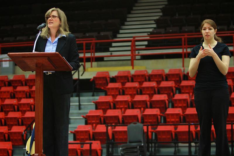 K. Hollyn Hollman speaks at Gardner-Webb University dimensions; Jan 31, 2012.