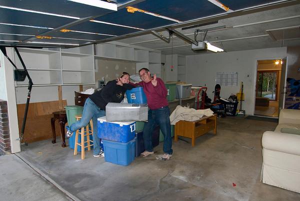 Jason & Amy Moving Day 12-8-2009 & Husky Puppies 12-9-2009