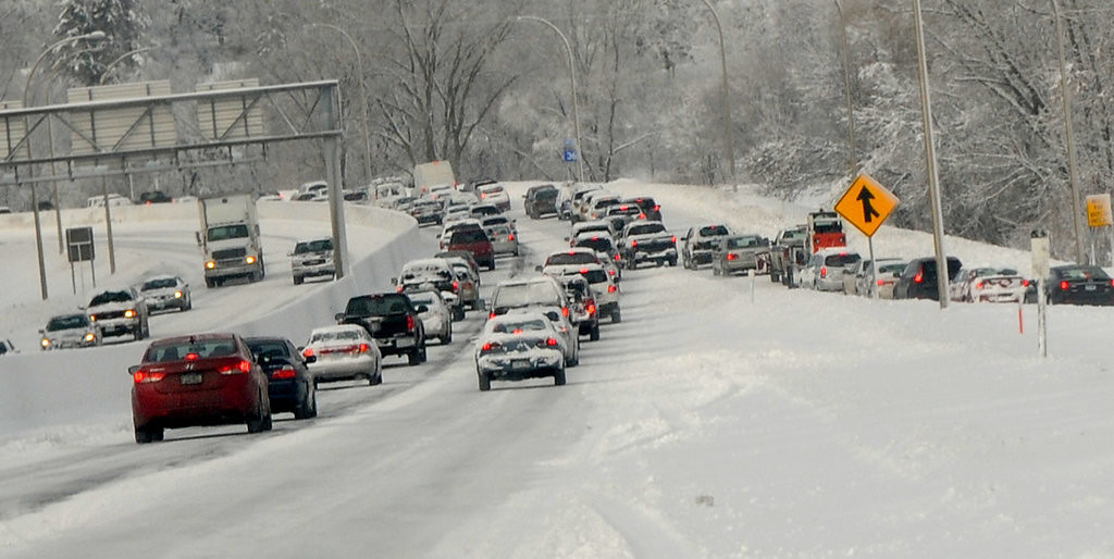 . Traffic backs up on westbound Highway 36 Friday. (Pioneer Press: Jean Pieri)
