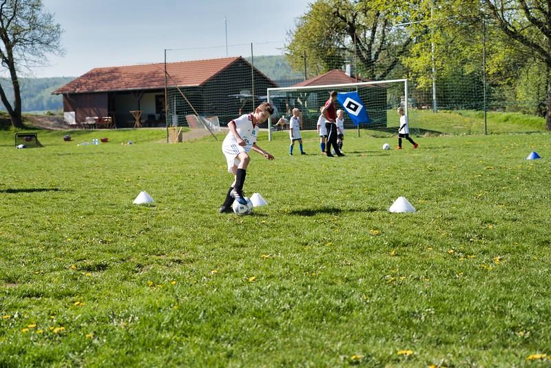 hsv-fussballschule---wochendendcamp-hannm-am-22-und-23042019-w-34_40764455413_o.jpg