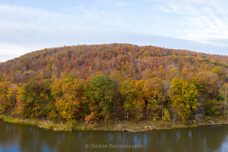 DJI_0135 along the banks of the allegheny in Autumn.jpg