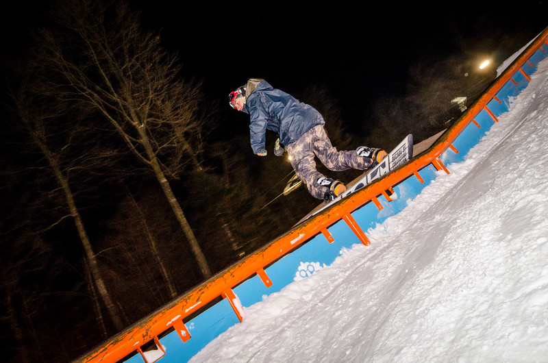 Nighttime-Rail-Jam_Snow-Trails-185.jpg