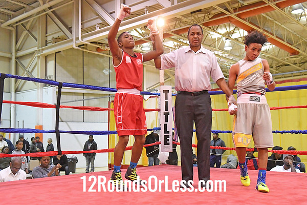Bout 20 Brandon McKinstry, Red Gloves, CWCB Cinci -vs- De'Zeon Jones, Blue Gloves, OTR, Cinci, 119 Lbs, 14-15 Yrs