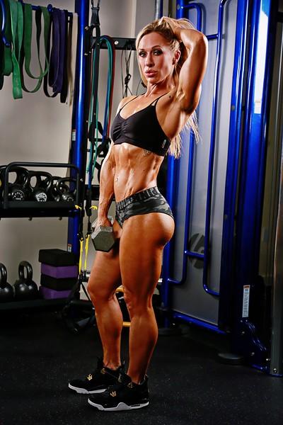 JENNY MESA Fitness Shoot 3242019 A0018AB (1235).jpg
