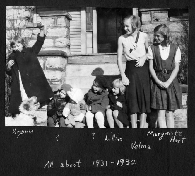 1931-32 Buffalo kids.jpg