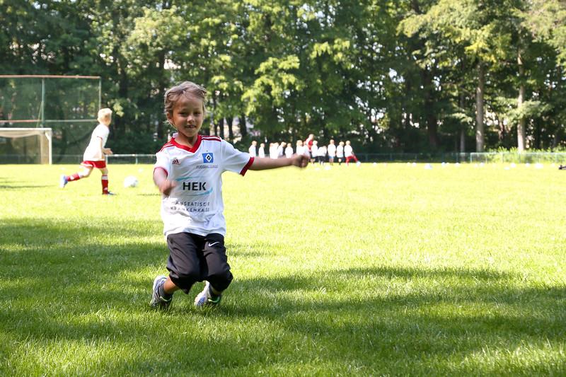 hsv_fussballschule-178_48047951041_o.jpg