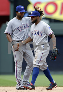 deshields-homer-lifts-rangers