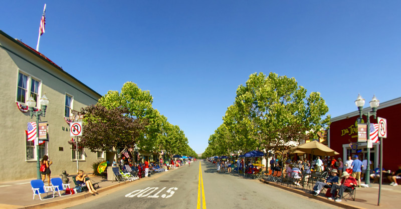 Novato 4th of July ref: 41c62d10-ede9-433d-924d-cc88e6a996ea