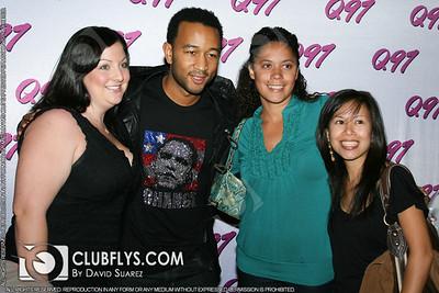 2008-11-02 [John Legend Meet & Greet, 2039 Ultra Lounge, Fresno, CA]