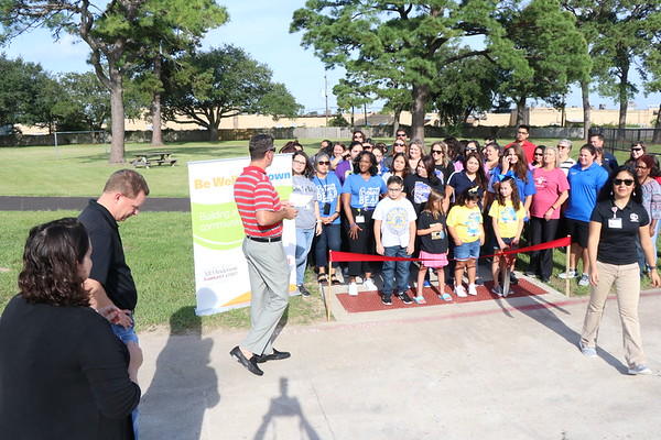 BeWell Baytown Ribbon Cutting for Walking Trails