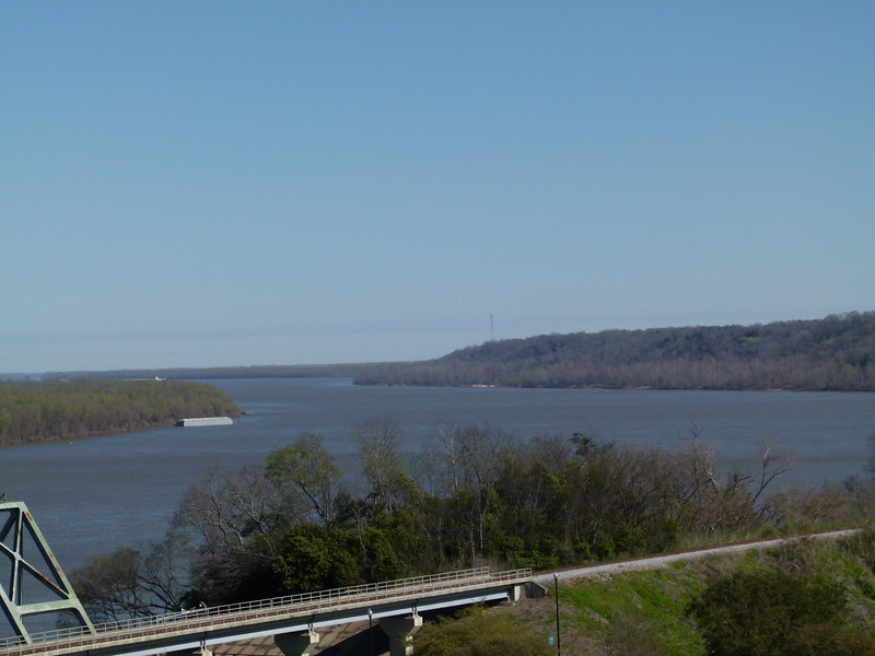 005 Mississippi River at Natchez.JPG