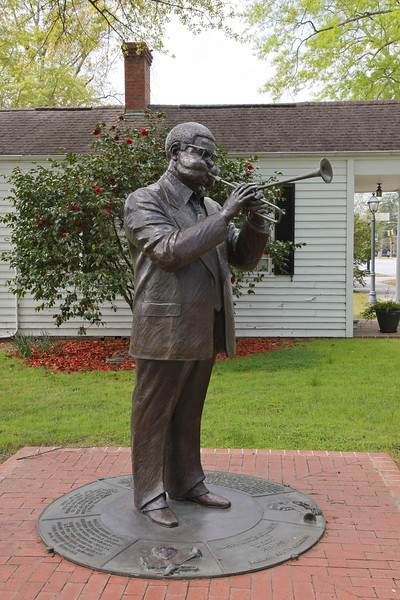 """""""Dizzy"""" Gillespie Statue - Cheraw, SC is the birthplace of the legendary jazz musician."""
