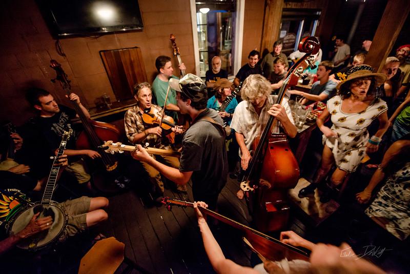Bluegrass @ Brew Pub