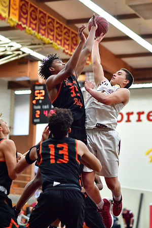 Torrey Pines vs Riverside Poly, 12-30-17