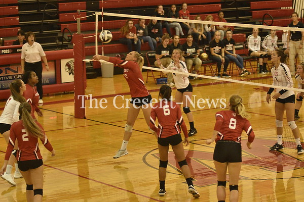 08-23-18 Sports Hicksville at Wauseon VB