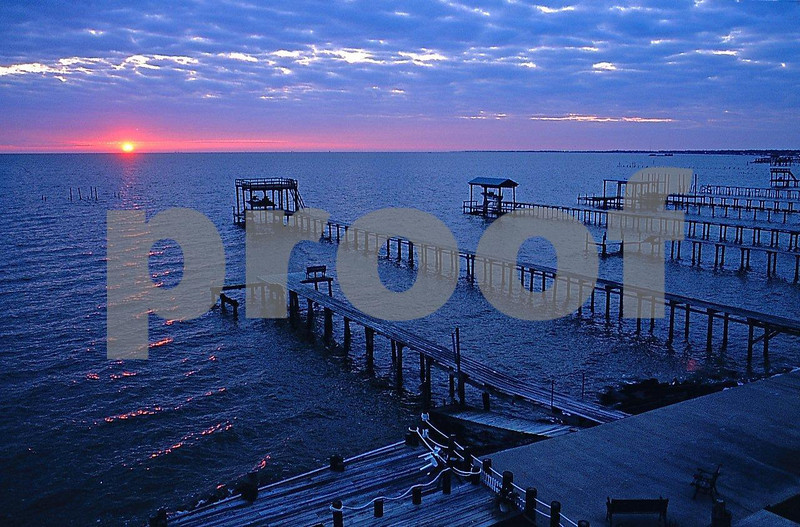 Kemah sunrise Capts. Quarters B&B.jpg